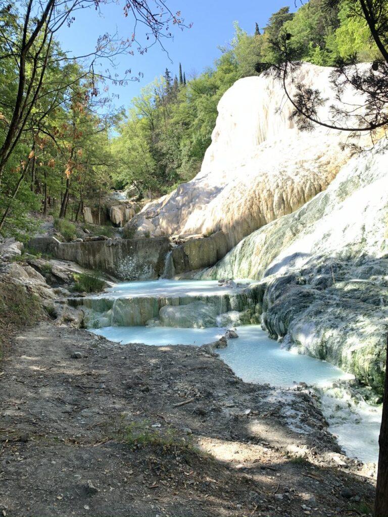 Bagni San Filippo terme libere in Toscana