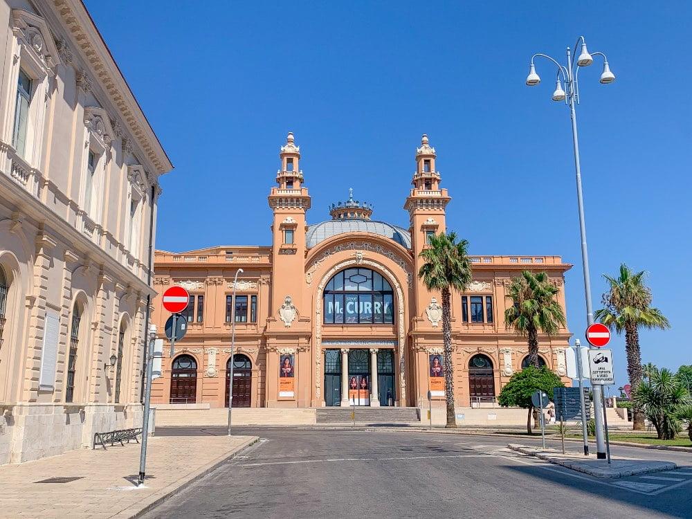 Cosa visitare a Bari teatro Margherita